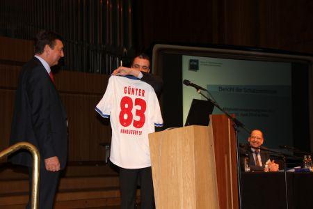 2014: Mitgliederversammlung des vfm in Köln. Abschied von Günterpeters als Beisitzender und Wahl zum Studienleiter