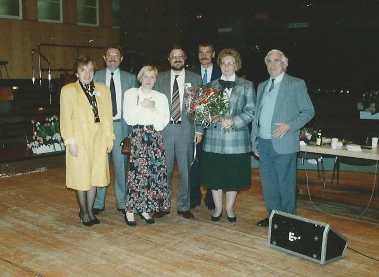 Marianne Englert 1990 in Wiesbaden (mit Hanna Klenk, Heiner Schmitt, Eckhard Lange)